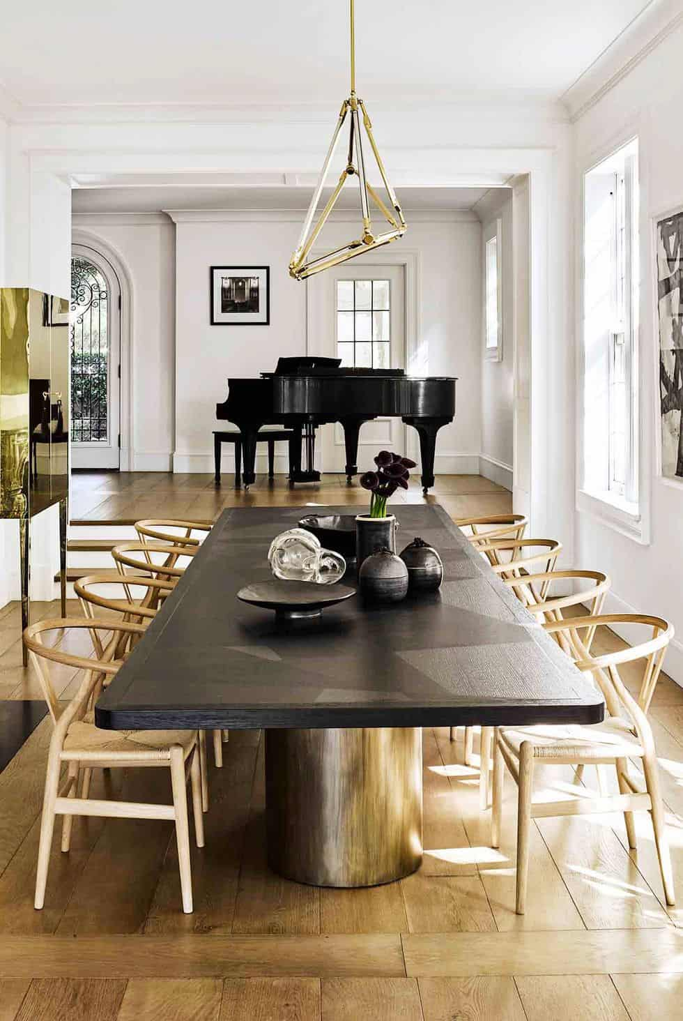 7 Chic Ideas To Decorate Your Dining Table