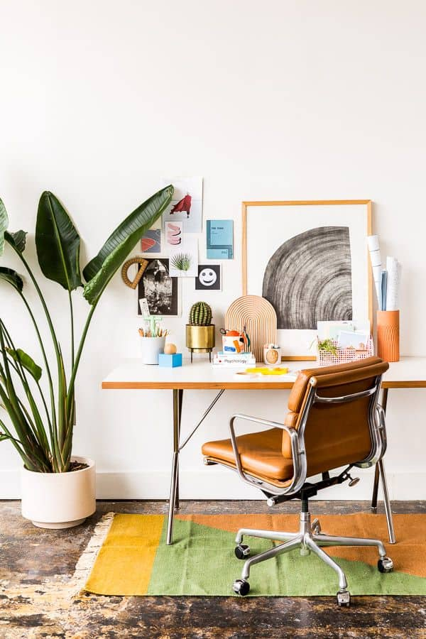 10 Fun Ideas To Style Your Home Office Desk