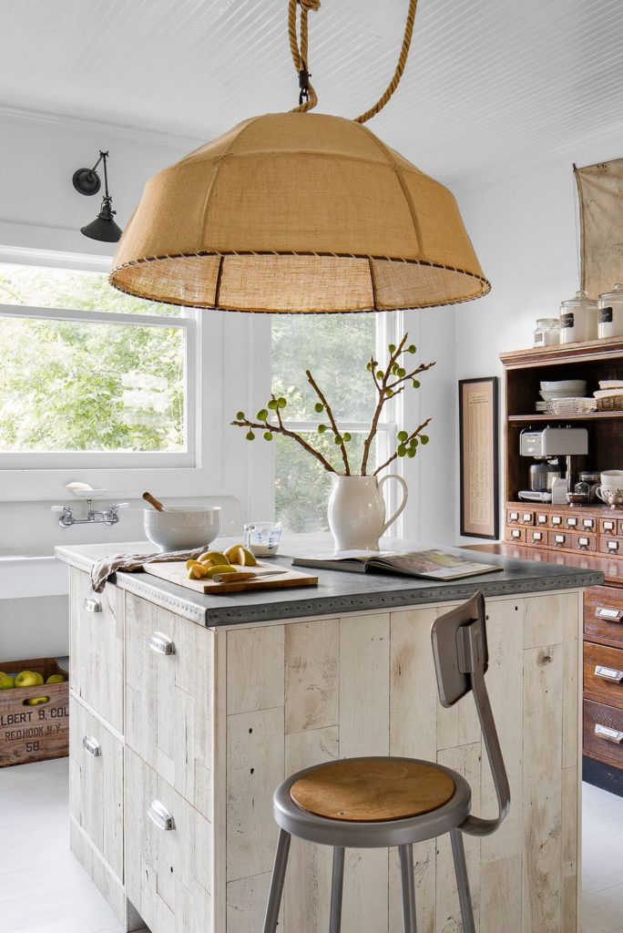 Things-You-Should-Buy-When-Decorating-Your-First-Kitchen