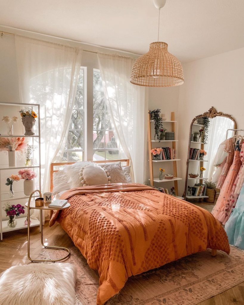 Ways-To-Keep-Your-Bedroom-Cool-In-The-Summer
