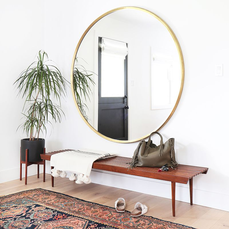 How-To-Make-A-Small-Entryway-Look-Bigger