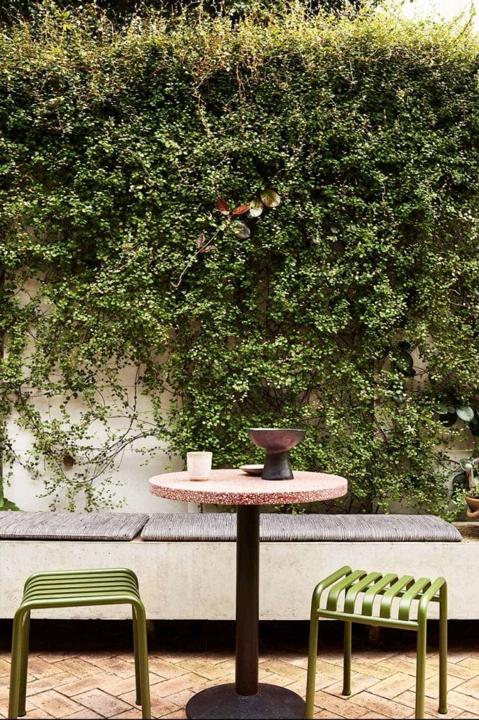Outdoor-Decorating-Mistakes