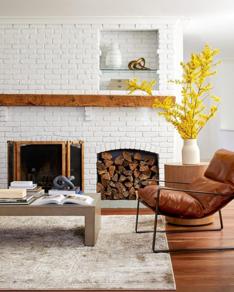 How-To-Clean-White-Walls
