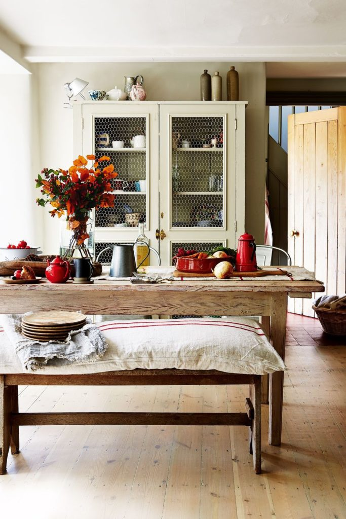 Candle-Free Ways to Make Your Home Smell Like Fall